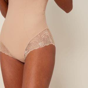 Taillen-Slip mit hohem Bund und Shaping-Effekt - Haut