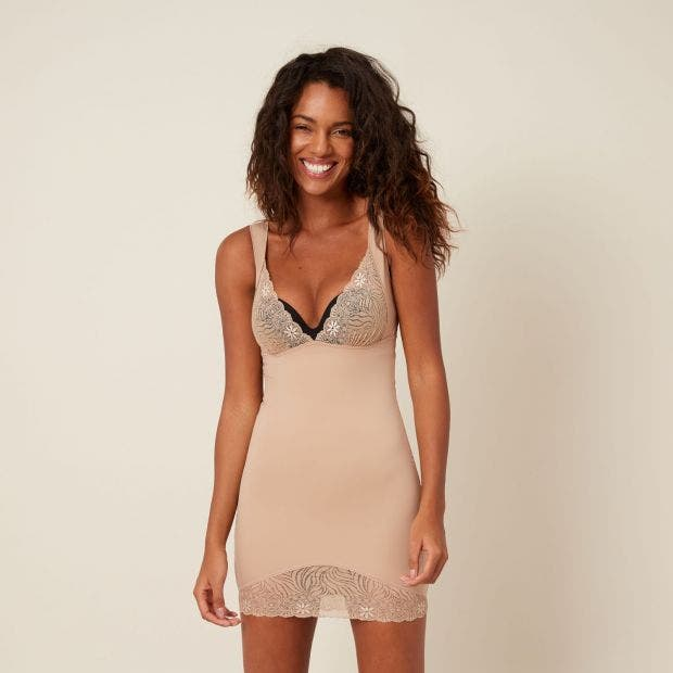 e538ff5a89 Robe gainante couleur peau - Top Model - Simone Pérèle