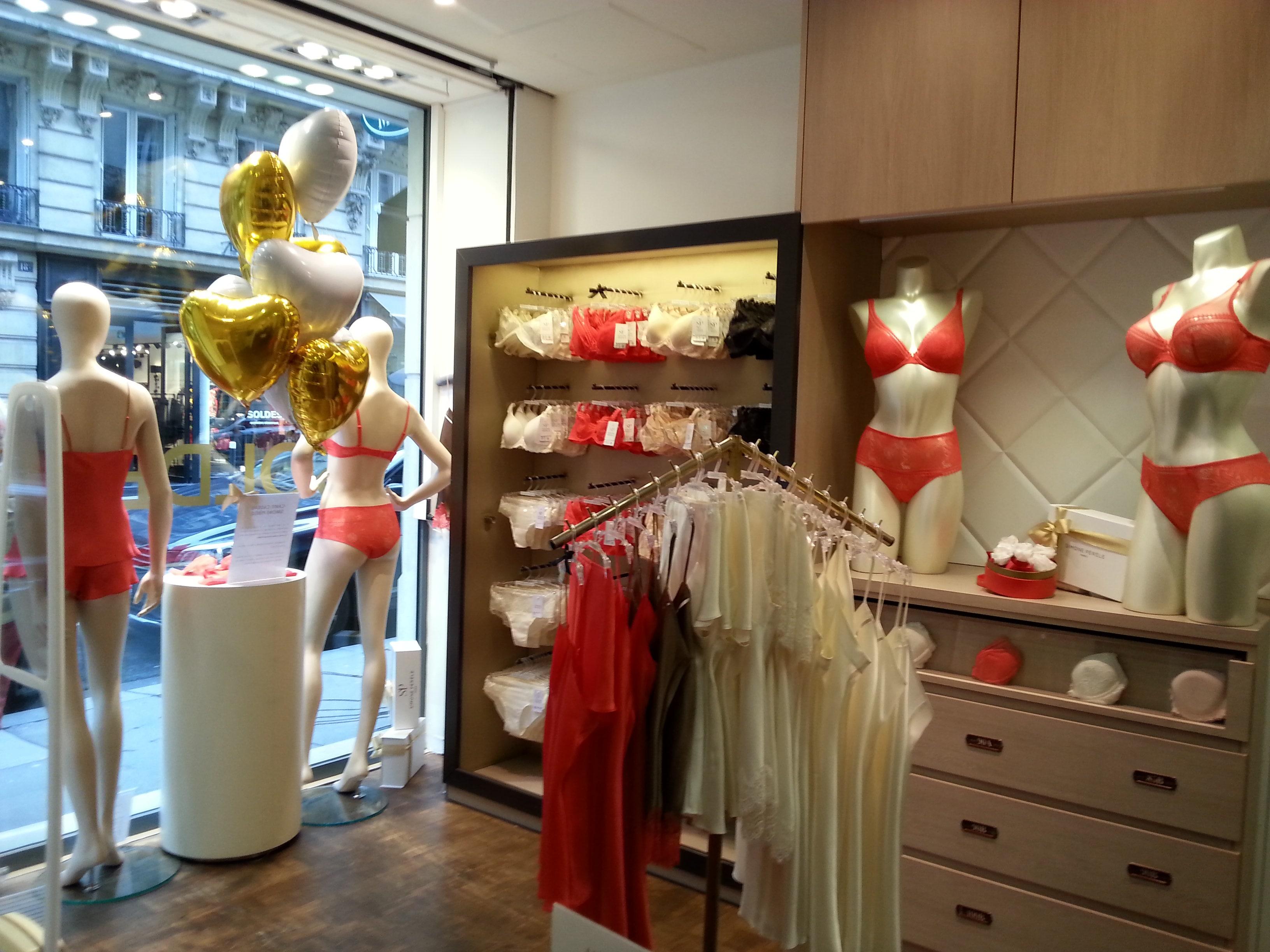 Boutique Simone Pérèle Neuilly