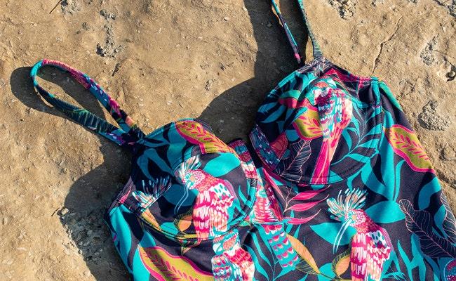 Comment choisir la couleur de son maillot de bain ? | Simone Pérèle