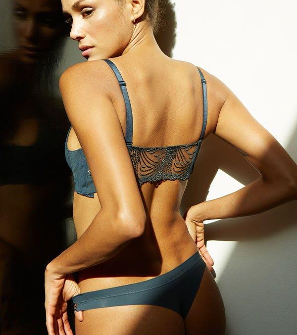 Histoire de la lingerie : le string   Simone Pérèle