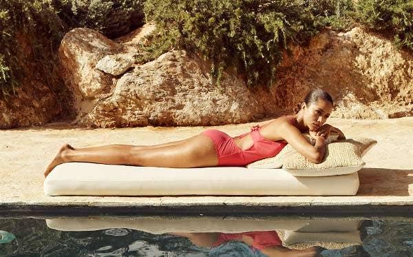 Quel maillot de bain choisir pour la piscine et pour la plage | Simone Pérèle