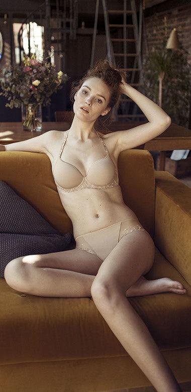 Andora | Simone Pérèle